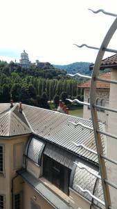 Mansarda Giolitti Con Vista Sui Tetti - AbcAlberghi.com