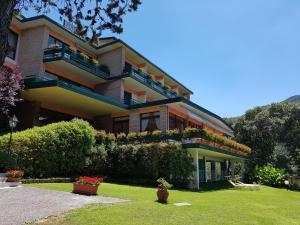 Prenota Hotel Parco Della Fonte