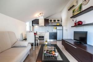 Apartment Tin, Appartamenti  Kaštela - big - 18