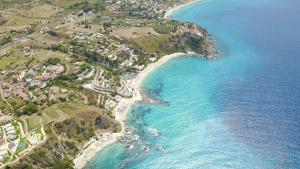 Borgo San Cosmo Tropea, Bed and breakfasts  Brattirò - big - 71