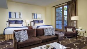 Green Valley Ranch Resort, Spa & Casino (2 of 49)
