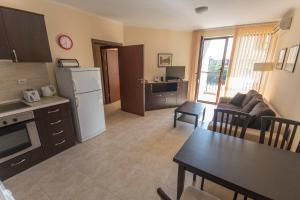 Apollon Apartments, Апартаменты  Несебр - big - 59