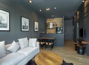 Saturdays Exclusive Apartment By Rents In Phuket, Ferienwohnungen  Rawai Beach - big - 52