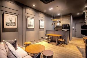 Saturdays Exclusive Apartment By Rents In Phuket, Ferienwohnungen  Rawai Beach - big - 62