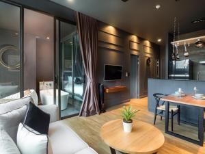 Saturdays Exclusive Apartment By Rents In Phuket, Ferienwohnungen  Rawai Beach - big - 82