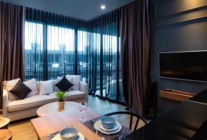 Saturdays Exclusive Apartment By Rents In Phuket, Ferienwohnungen  Rawai Beach - big - 90