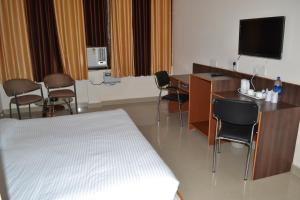 Hotel Singh Axis, Bed and Breakfasts  Udhampur - big - 5