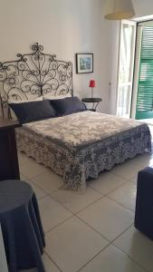 B&B Massico Apartments, Bed and breakfasts  Sant'Agnello - big - 34