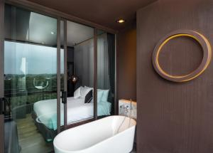 Saturdays Exclusive Apartment By Rents In Phuket, Ferienwohnungen  Rawai Beach - big - 93