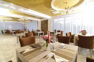 El Quatro - Boutique Hotel, Hotels  Gura Humorului - big - 25