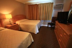 Suite with Double and Twin Bed - Ground Floor