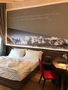 Dolomeet Boutique Hotel, Отели  Пинцоло - big - 33