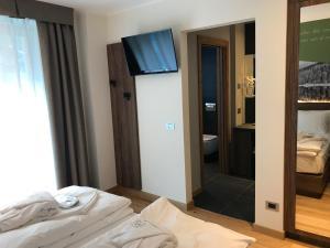 Dolomeet Boutique Hotel, Отели  Пинцоло - big - 28