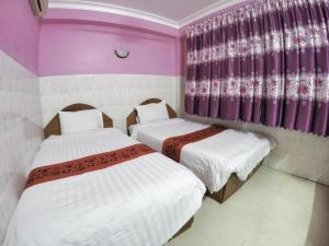 Capitol 3 Guesthouse, Гостевые дома  Пномпень - big - 1