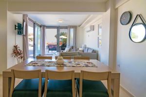 Blue Oyster Villas, Villas  Platanes - big - 19