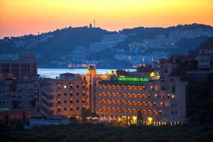 Hotel Victoria Playa, Szállodák  Almuñécar - big - 11