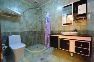 Zhaoxiahong Art hotel, Проживание в семье  Wujiaqiao - big - 180