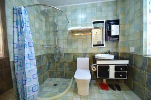 Zhaoxiahong Art hotel, Проживание в семье  Wujiaqiao - big - 152