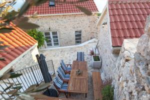 Villa Ena, Holiday homes  Podgora - big - 26