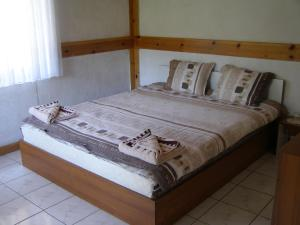 Hunting Lodge Guest House