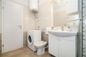 Apartment Andelina, Ferienwohnungen  Split - big - 6