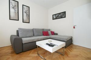 Apartment Andelina, Apartments  Split - big - 8