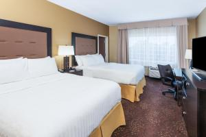 Holiday Inn Express & Suites Sandusky, Отели  Сандаски - big - 18