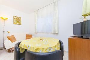 Apartments Jela, Apartmány  Trogir - big - 31