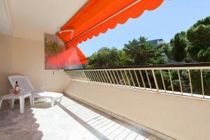 Résidence Fleurie YourHostHelper, Apartments  Cannes - big - 14