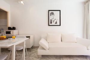 Résidence Fleurie YourHostHelper, Apartmány  Cannes - big - 10