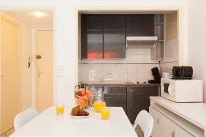 Résidence Fleurie YourHostHelper, Apartments  Cannes - big - 4