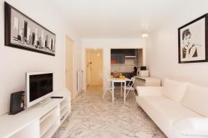 Résidence Fleurie YourHostHelper, Apartments  Cannes - big - 17