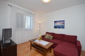 Apartment Ana, Apartmanok  Brodarica - big - 5