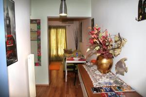 Athinian Apartment Veikou, Apartmány  Atény - big - 18