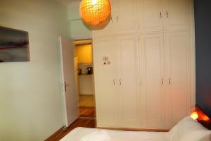 Athinian Apartment Veikou, Apartmány  Atény - big - 24