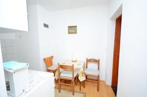 Apartments Smilja, Apartments  Orebić - big - 11