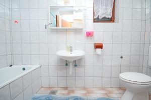 Apartments Smilja, Apartments  Orebić - big - 5