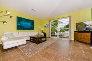 Santa Barbara Townhouse #1B, Case vacanze  Pompano Beach - big - 4