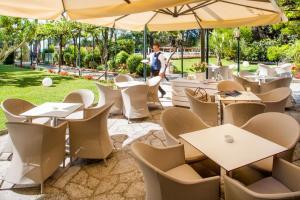 Hotel Eden Park, Отели  Диано-Марина - big - 34