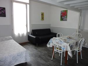 Hôtel-Résidence Le Grillon, Aparthotely  Arcachon - big - 20