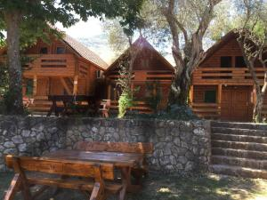 B&B Skadar Lake Murici, Bed & Breakfasts  Bar - big - 1