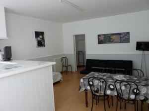 Hôtel-Résidence Le Grillon, Aparthotely  Arcachon - big - 18