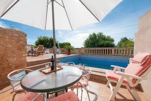 Montserrat, Villas  Costitx - big - 28