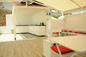 Quarante Teras - Adult Only, Privatzimmer  Bozcaada - big - 14