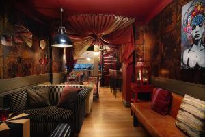 Berkeley Suites (12 of 31)