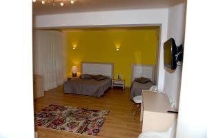 Grand White City Hotel, Отели  Берат - big - 30