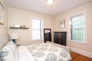 14 Gloucester Street 4B, Ferienwohnungen  Boston - big - 12
