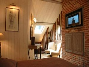 Au Grey d'Honfleur, Bed & Breakfasts  Honfleur - big - 6