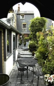 Au Grey d'Honfleur, Bed & Breakfasts  Honfleur - big - 9
