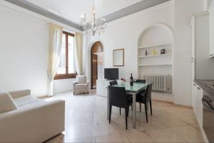 Scala ZARA Home Uno, Apartments  Florence - big - 33
